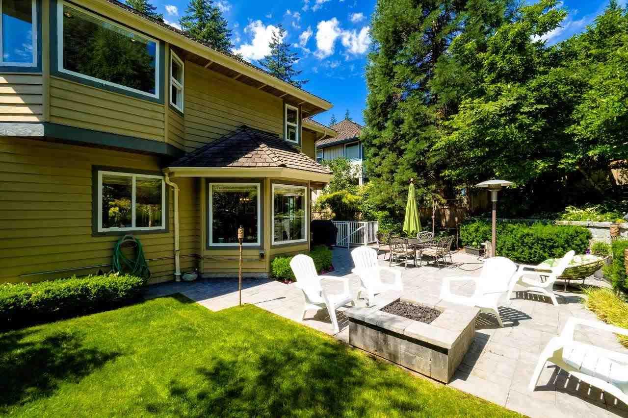 924 LISGAR COURT, North Vancouver, BC, V7K 3E1 Photo 1