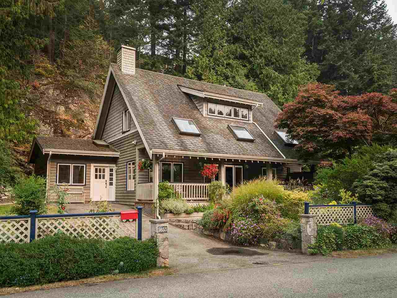 5653 EAGLE HARBOUR ROAD, West Vancouver, BC, V7W 1P4 Photo 1