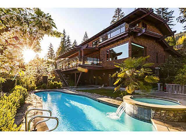 3046 NW SPENCER COURT, West Vancouver, BC, V7V 3C4 Photo 1