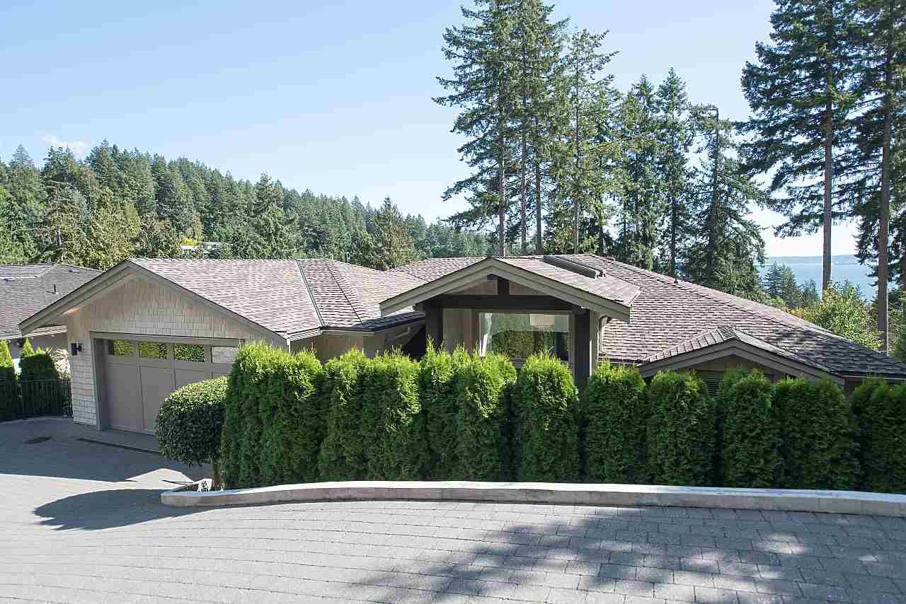 3950 BAYRIDGE COURT, West Vancouver, BC, V7V 3K3 Photo 1