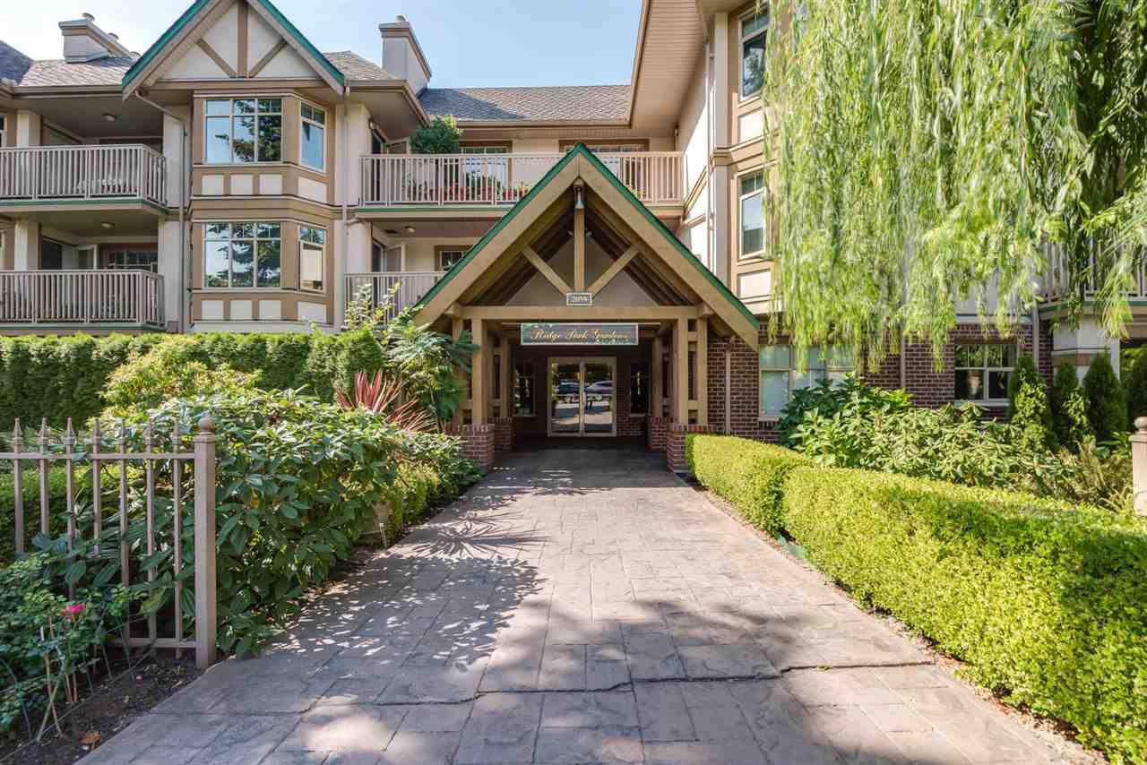 412 2059 CHESTERFIELD AVENUE, North Vancouver, BC, V7M 2P4 Photo 1