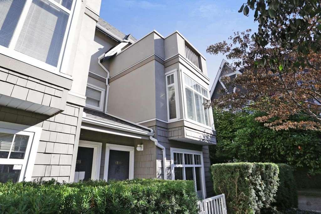 1330 MAHON AVENUE, North Vancouver, BC, V7M 3M3 Photo 1