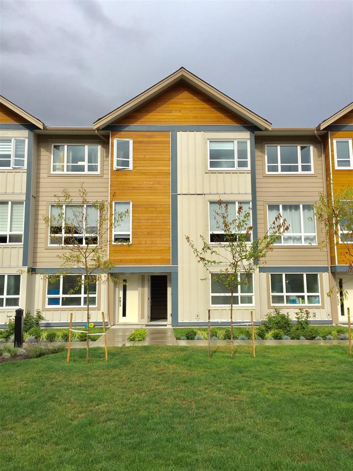 30 1188 WILSON CRESCENT, Squamish, BC, V8B 0M4 Photo 1