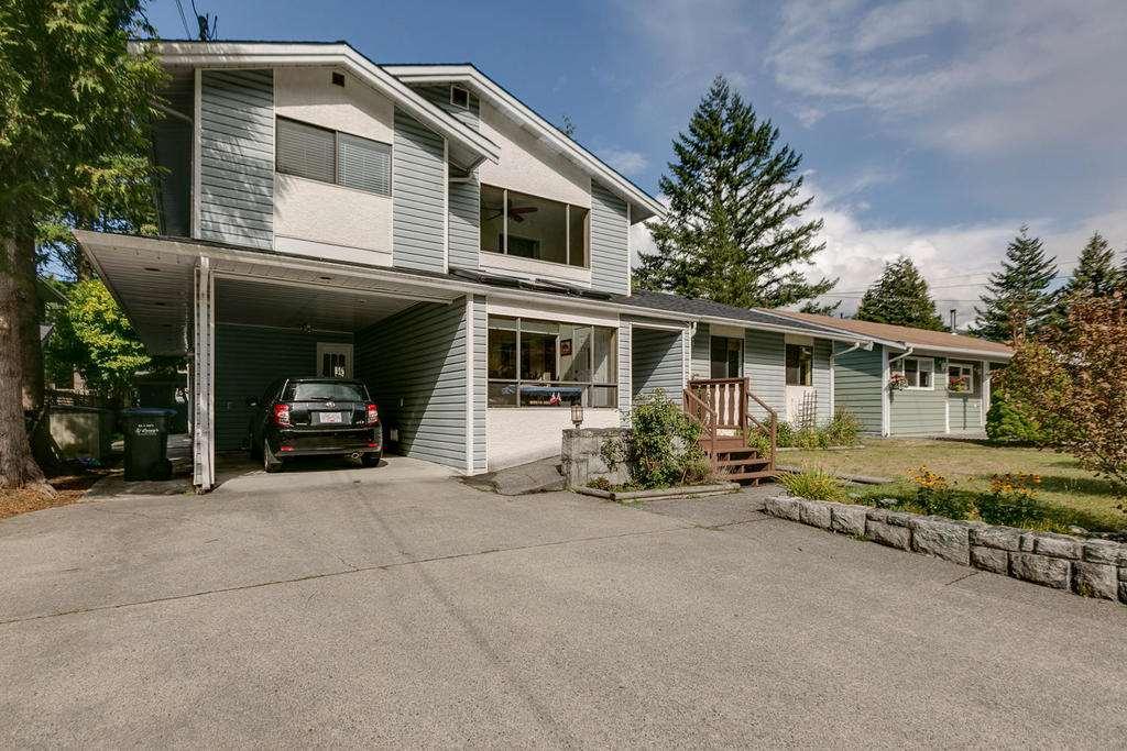 38089 GUILFORD DRIVE, Squamish, BC, V8B 0A4 Photo 1