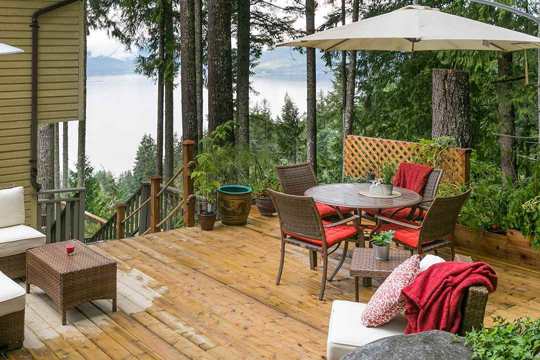 373 OCEANVIEW ROAD, Lions Bay, BC, V0N 2E0 Photo 1
