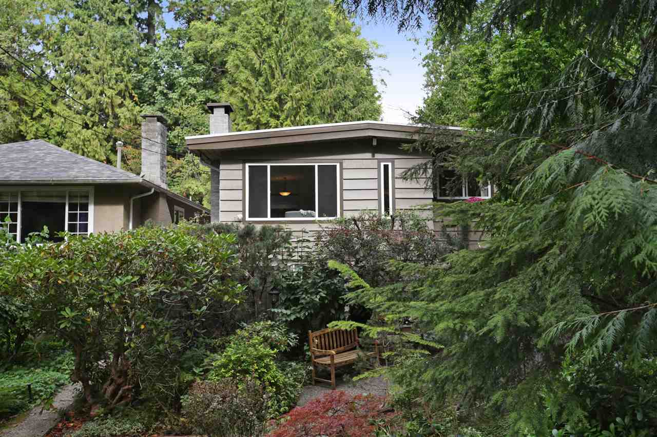 1584 KILMER ROAD, North Vancouver, BC, V7K 1R4 Photo 1