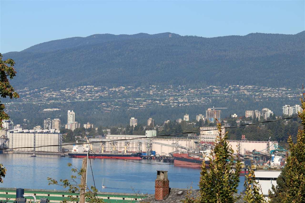 3612 ETON STREET, Vancouver, BC, V5K 1K9 Photo 1