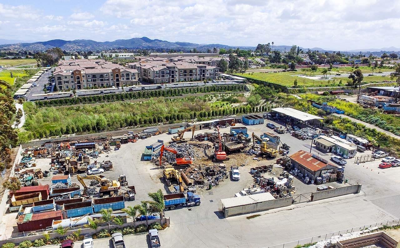 1234  Recycle Lane, Vista, CA, 92083 Primary Photo