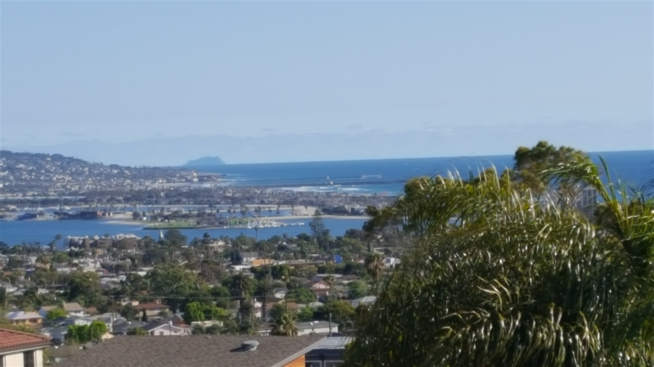 5067 Windsor Dr, San Diego, CA, 92109 Primary Photo