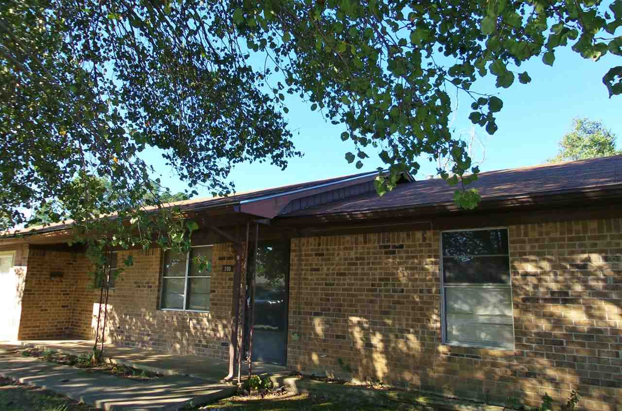 200 S East Street, New Boston, TX, 75570-0000 Photo 1