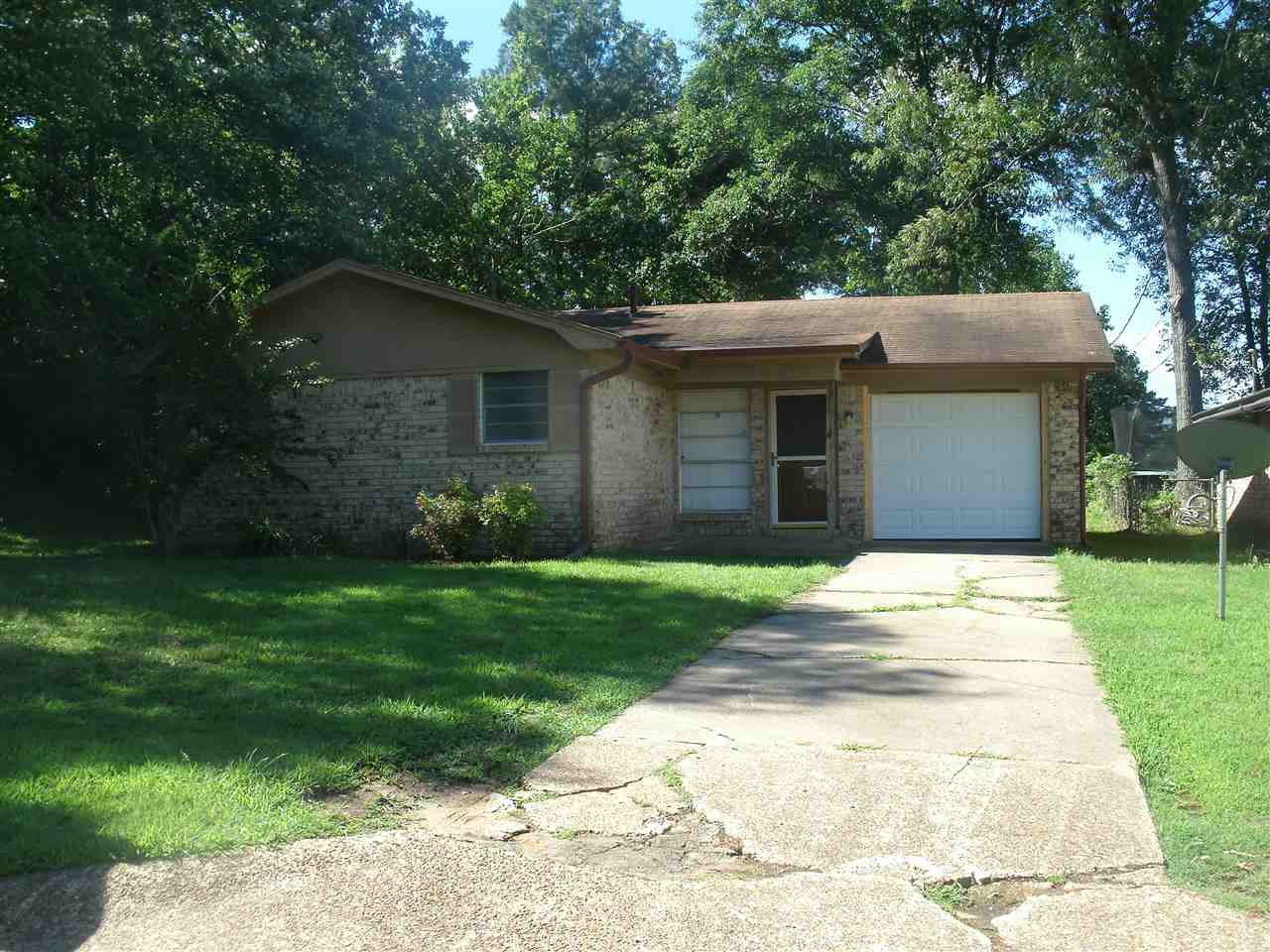 213 Hickerson Ave, Wake Village, TX, 75501 Photo 1