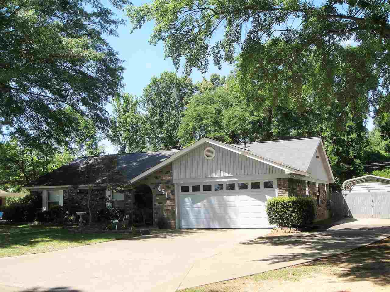 451 E Greenfield, Wake Village, TX, 75501 Photo 1