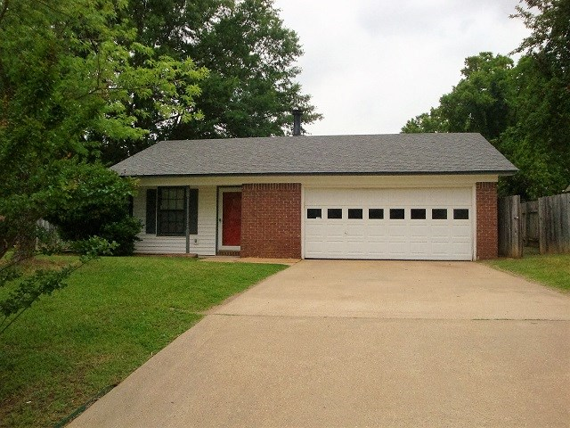 212 La Grange, Wake Village, TX, 75501 Photo 1