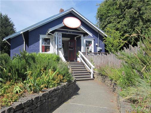 112 Hereford Ave, Salt Spring Island, BC, V8K 2T4 Primary Photo
