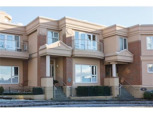 120 75 Songhees Rd, Victoria West, BC, V9A 7M5 Photo 1