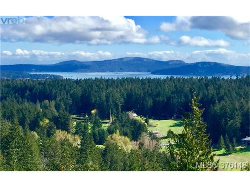 147 Amblewood Dr, Salt Spring Island, BC, V8K 1X2 Primary Photo