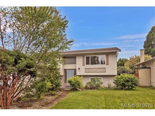 2173 Bradford Ave, Sidney, BC, V8L 2C8 Photo 1