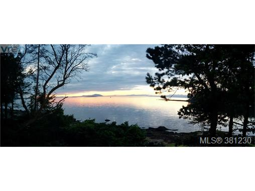 21 Malaspina Dr, Zone 10 - Islands, BC, V0R 1X0 Primary Photo