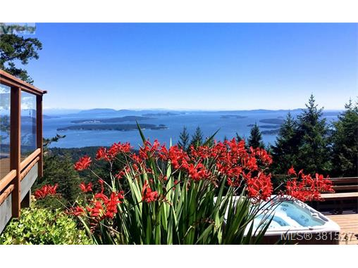 253 Chilton Rd, Salt Spring Island, BC, V8K 2W9 Primary Photo