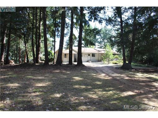 801 Fulford Ganges Rd, Salt Spring Island, BC, V8K 2G4 Photo 1