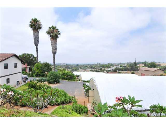 2369 E Vista Way, Vista, CA, 92084 Primary Photo