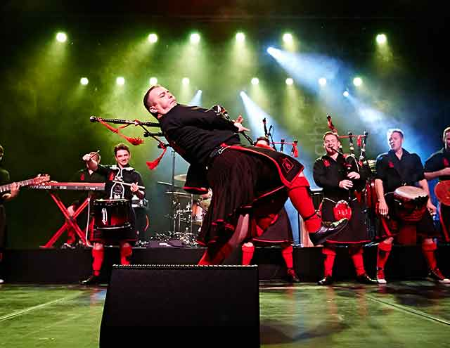 Red Hot Chili Pipers Thumb