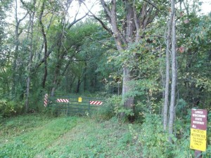 Arena Walking Trail, brush and fields