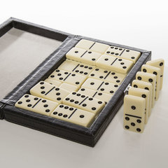 Line 'Em Up Domino Set