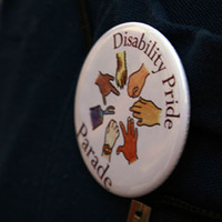 Middle disabilitypridebutton
