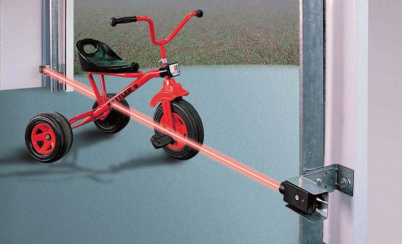 Troubleshooting Reversing Sensors For Your Garage Door