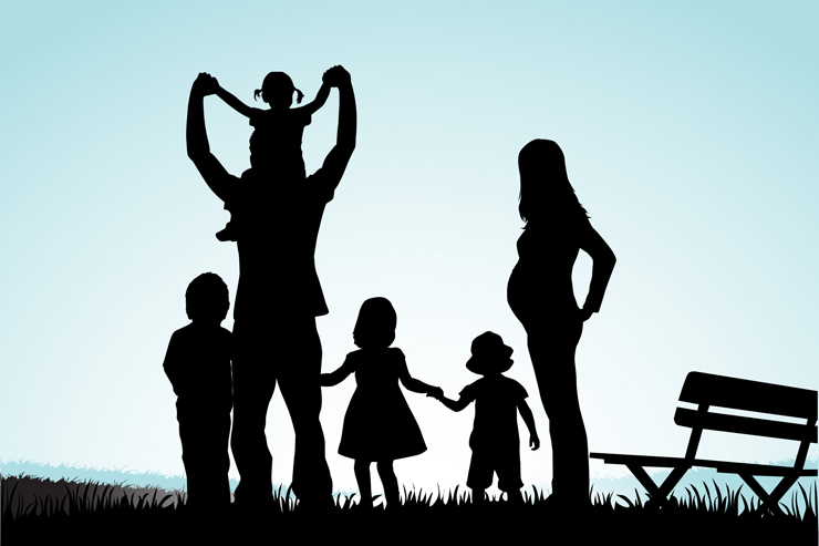 family-silhouette-featured-w740x493