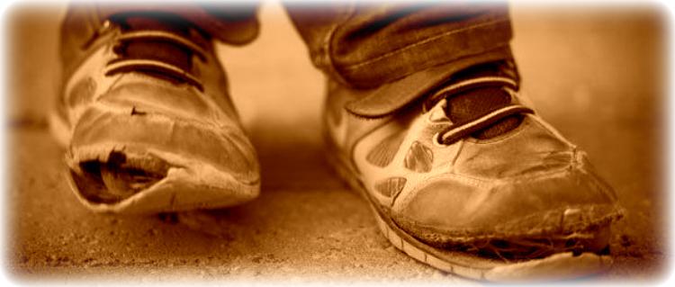 Zapatos rotos edit 2