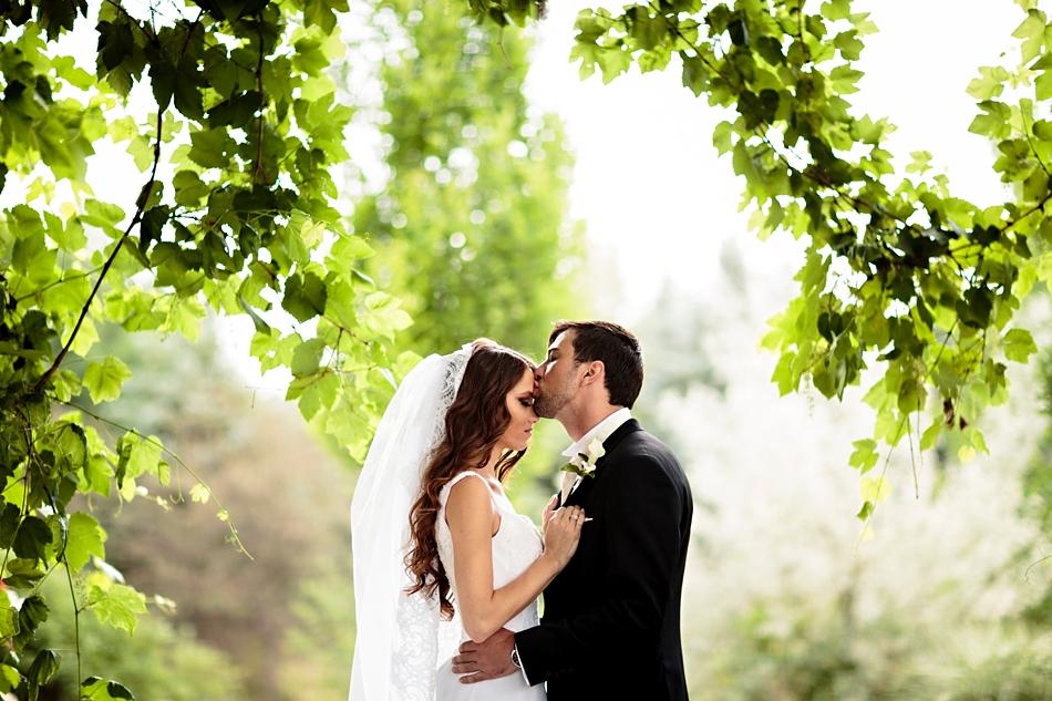 8-Outdoor-Wedding-Photos-Colorado