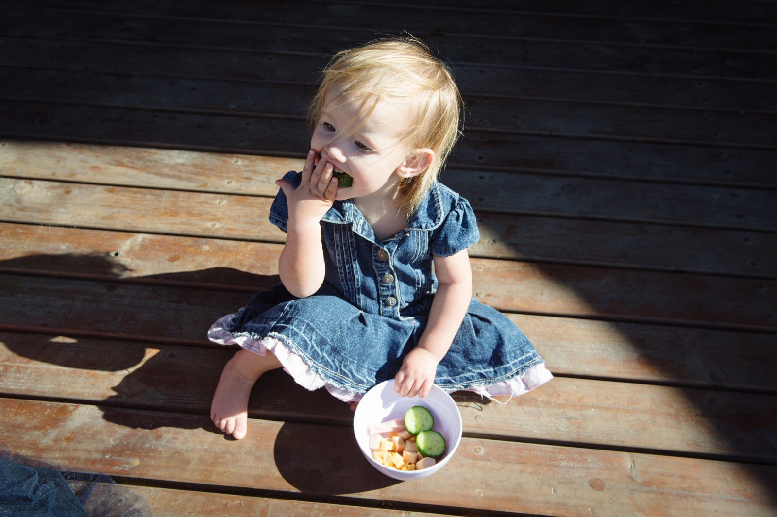 cute kid eating