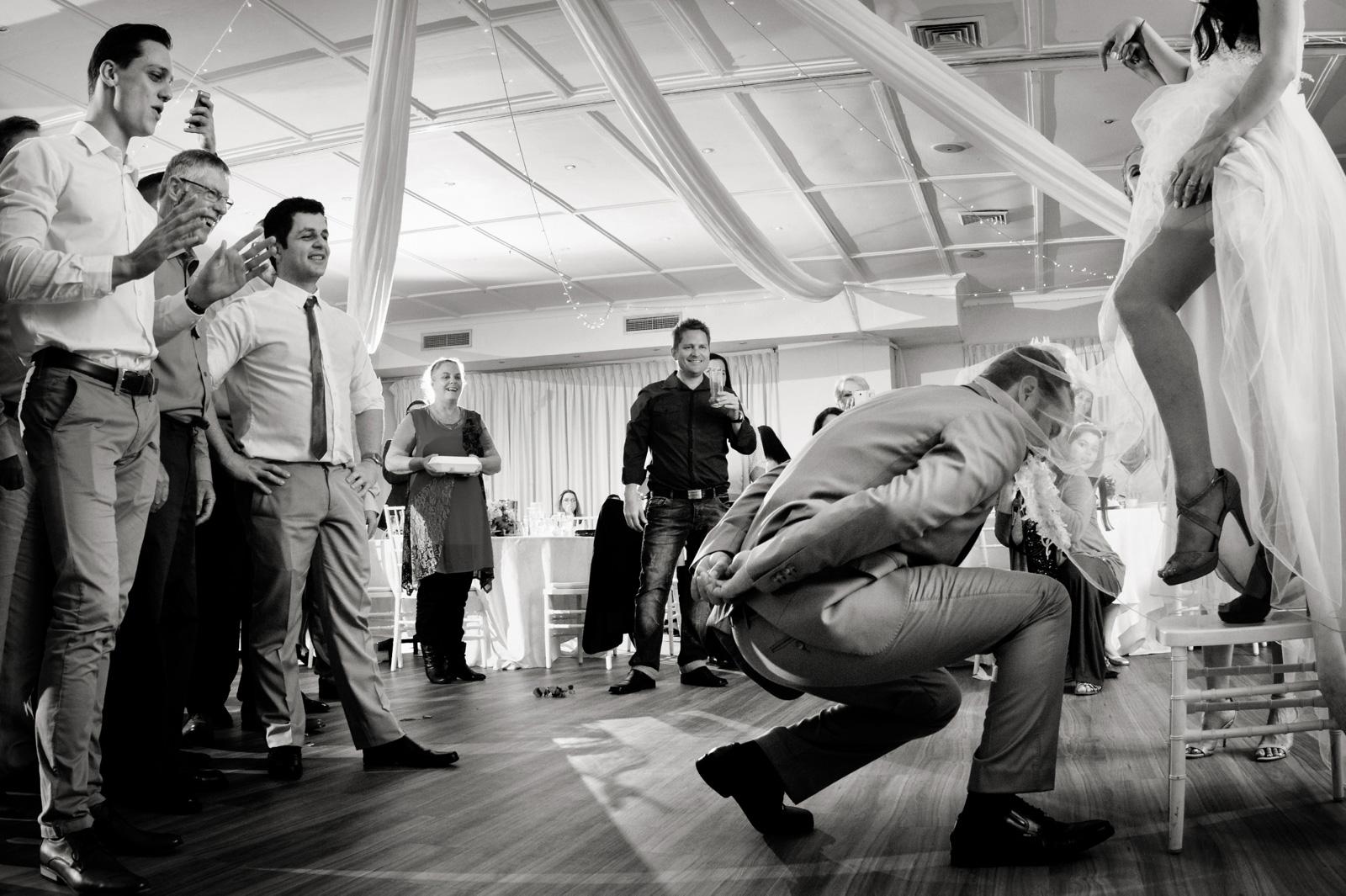 groom and garter