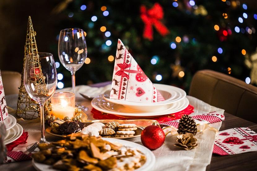 Planejamento da decoração de mesa de natal