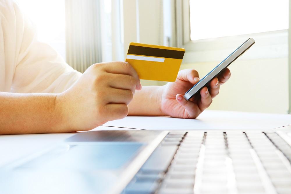 Compra on-line cartão de crédito