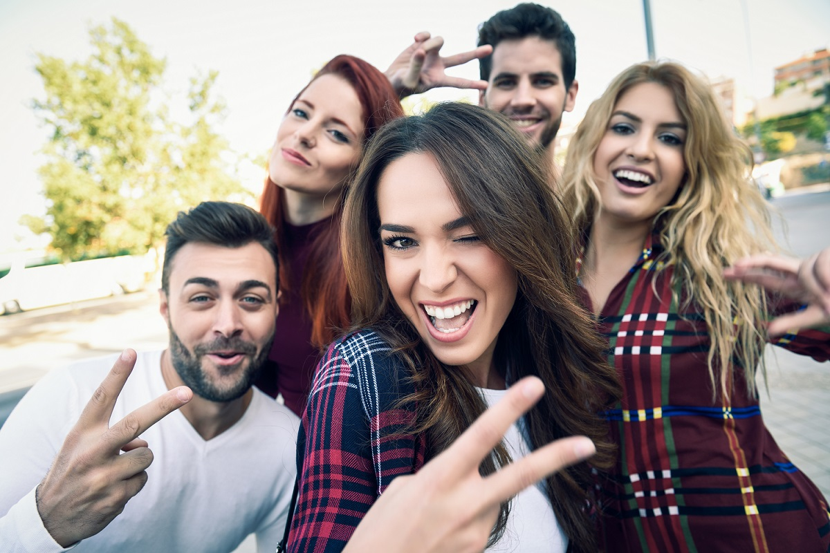 A7 2018 selfie amigos