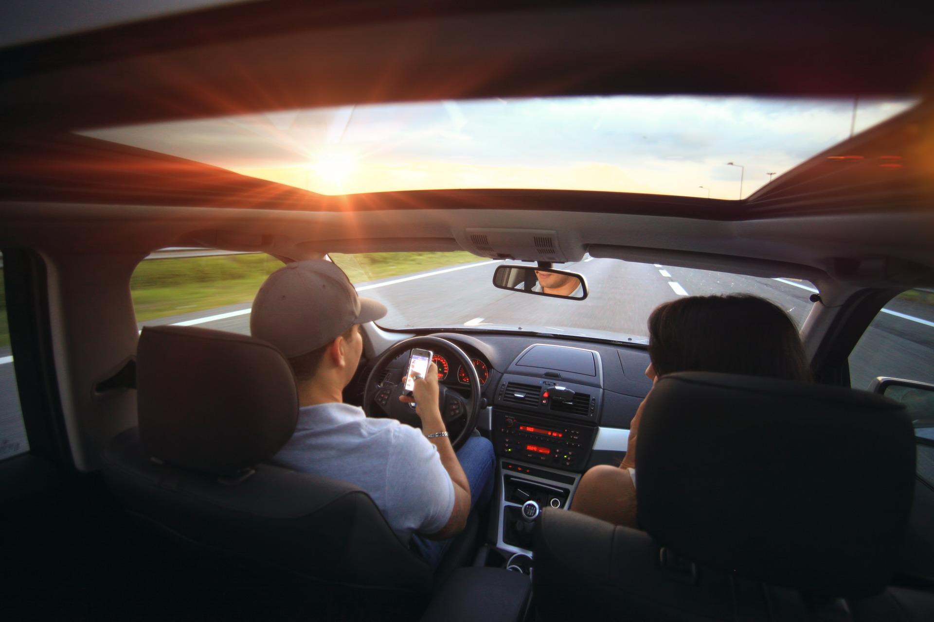 revisão do carro antes de viajar