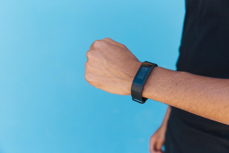 smartband no pulso
