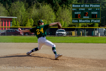 17152_Baseball_v_Casc-Chr_Seniors_Night_042916