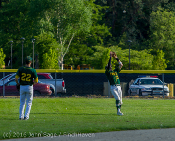 18500_Baseball_v_Casc-Chr_Seniors_Night_042916