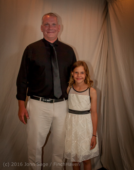 6211_Vashon_Father-Daughter_Dance_2016_061116_1