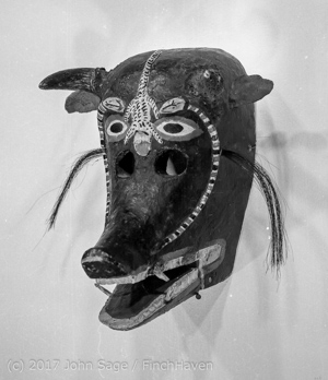 CSULB_Art_Galleries_Mask_Show_early_1970s_085