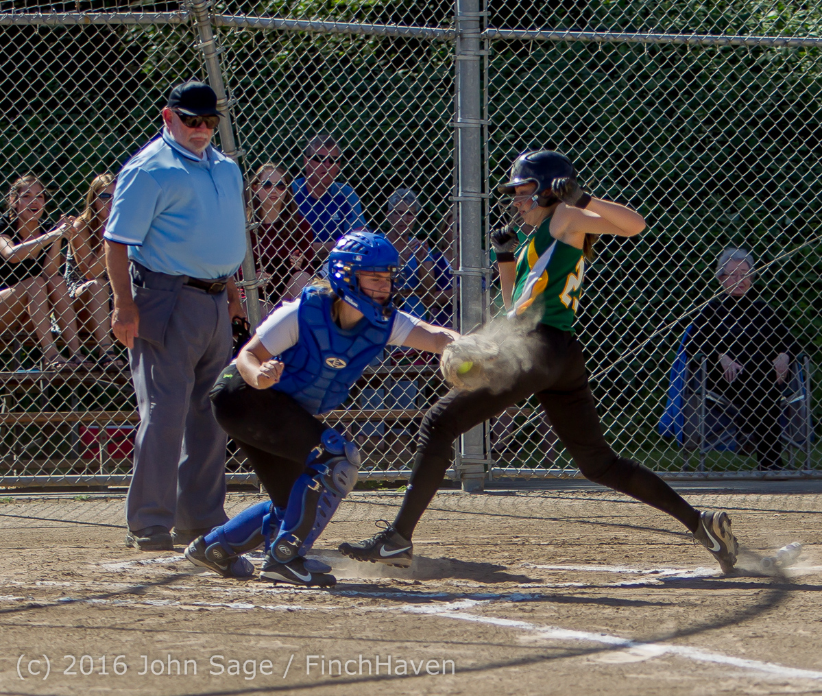 6409_Softball_v_Casc-Chr_Seniors_Night_2016_051216