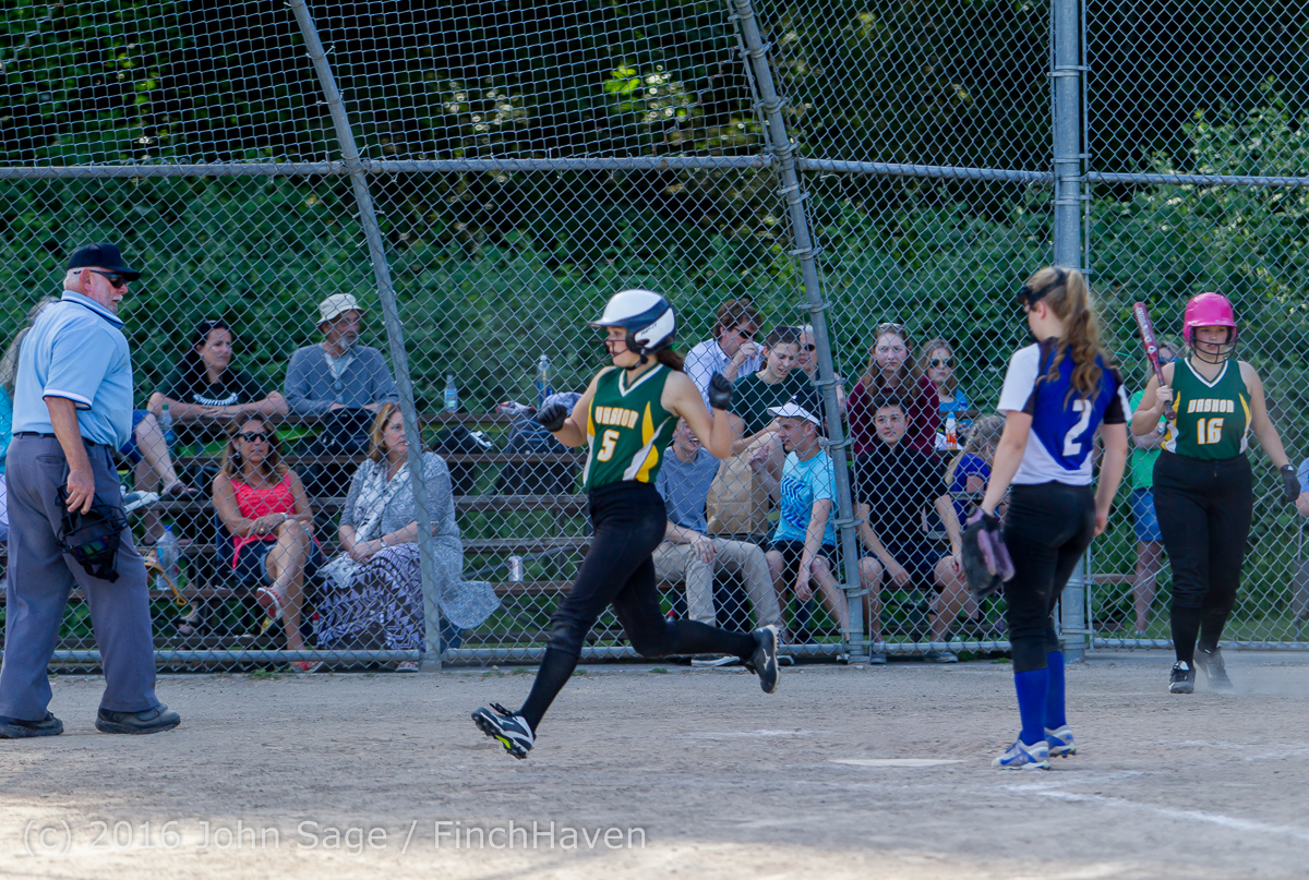 8087_Softball_v_Casc-Chr_Seniors_Night_2016_051216