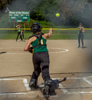 6159_Softball_v_Casc-Chr_Seniors_Night_2016_051216
