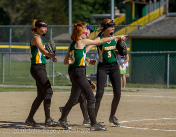6766_Softball_v_Casc-Chr_Seniors_Night_2016_051216