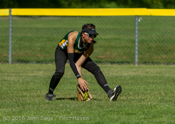7181_Softball_v_Casc-Chr_Seniors_Night_2016_051216