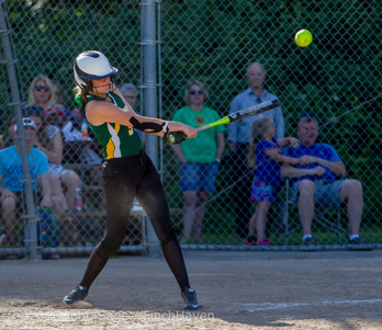 7648_Softball_v_Casc-Chr_Seniors_Night_2016_051216